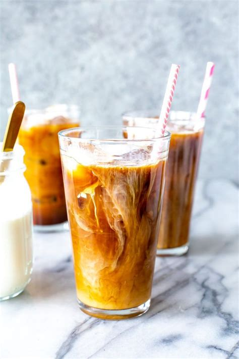 Mix sugar and water in a small saucepan. DIY Starbucks Drinks - Starbucks Vanilla Sweet Cream Cold ...