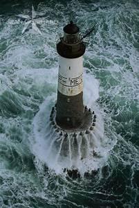 Leuchtturm Ar Men : jean guichard all right reserved lighthouse of ar men situated off the island of sein ~ Buech-reservation.com Haus und Dekorationen