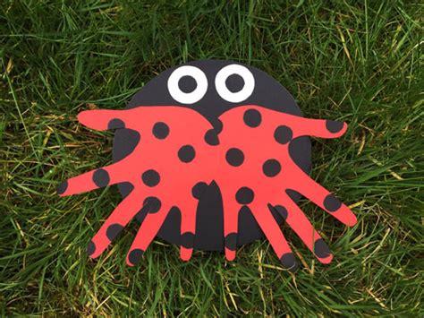 handprint ladybug paper craft