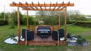 terrasse et pergola en palette et bois de recuperation With lovely rideaux pour tonnelles exterieur 9 tonnelle bois pas cher