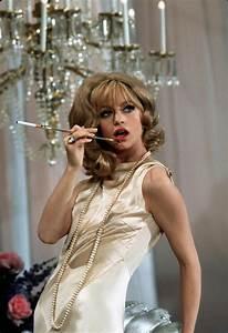 Goldie Hawn Laugh In Quotes. QuotesGram