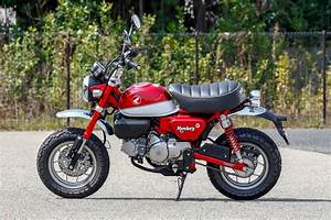 Petite Moto Honda : monkey 125 la petite moto vintage de honda fera son ~ Mglfilm.com Idées de Décoration