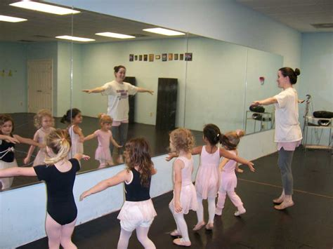 preschool dance class dancers unite preschool ballet classes 115