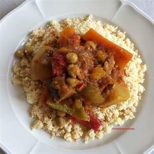 Assiette A Couscous : couscous de l gumes et merguez a table avec maya ~ Teatrodelosmanantiales.com Idées de Décoration