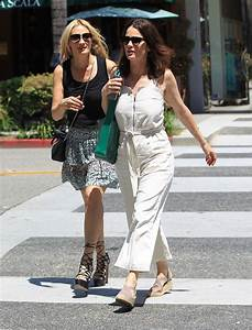 ROBIN TUNNEY Out for Lunch at La Scala in Beverly Hills 04 ...