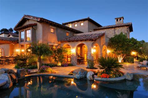 astounding luxury mediterranean house designs youll