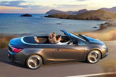 vauxhall convertible vauxhall cascada convertible 2013 buying and selling
