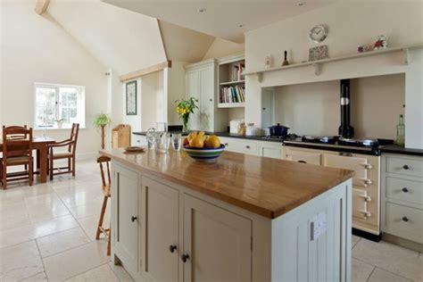 bespoke kitchen islands woodchester cabinet makers bespoke kitchens cirencester 1593