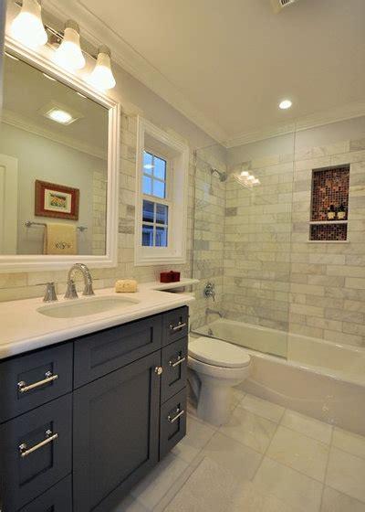 ways      foot bathroom vantory