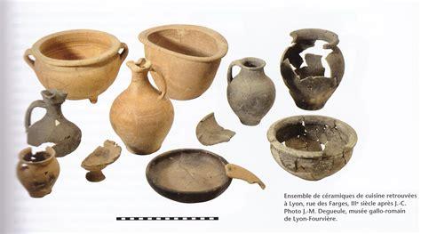 vaisselle et ustensiles de cuisine matériaux et types d ustensiles de table la vaisselle de table en europe du néolithique au