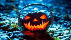 11 Podcasts That Will Get You In The Mood For Halloween