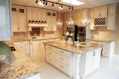 Wood Kitchen Cabinets  Montreal South Shore West Island