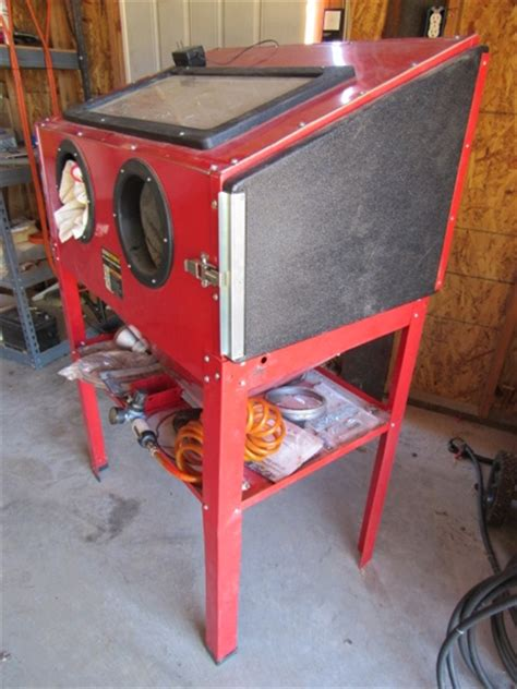 central pneumatic blast cabinet lot detail central pneumatic sandblaster with air filter
