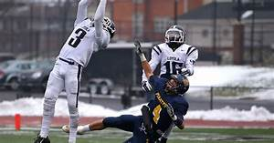 Football semifinals: Detroit Loyola powers into state final