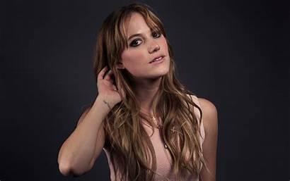 Maika Monroe Wallpapers Celebrity Actress Riley Steele