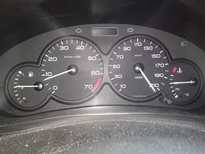 Peugeot 206 Essence : compteur de km farfelu peugeot 206 essence auto evasion forum auto ~ Medecine-chirurgie-esthetiques.com Avis de Voitures