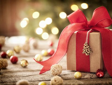 Office Christmas Party Ideas, Games And Gifts