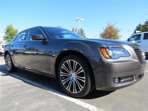 Chrysler 300s Specs by 2013 Chrysler 300 S V6 Data Info And Specs Gtcarlot