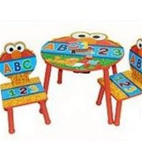 elmo table and chairs idea nuova sesame street elmo 3 piece table and chairs