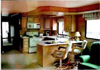 remodel rebuild  refurbish houseboat interiors