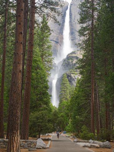 Upper Lower Yosemite Falls National Park