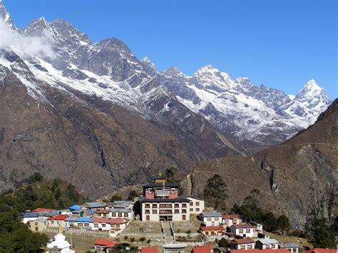 tourist guide  khumbu valley nepal xcitefunnet
