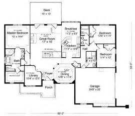 1 level house plans house plan 98618 at familyhomeplans