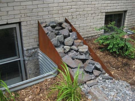 Wassereinrichtung Im Innenraumwohnbereich Mit Wasserfall by Gartendeko Aus Metall Und Rost Industrieller Charakter