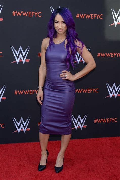 Snapchat lets you easily talk with friends, view live stories from around the world, and explore news in discover. Sasha Banks at the WWE First-Ever Emmy FYC Event in North Hollywood 06/07/2018 - celebsla.com