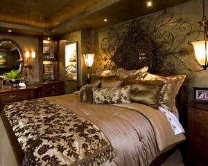 Luxury bedroom decorating ideas dream house experience for Luxurious master bedroom decorating ideas 2012