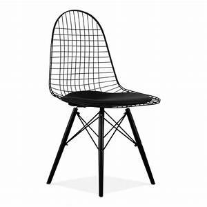 Chaise Fer Et Bois : chaise de style dkr en fils de fer noire avec pieds en bois cult uk ~ Teatrodelosmanantiales.com Idées de Décoration