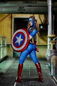 Human, Statue, Bodyart, Ramps, Up, American, And, Americana, Themed, Designs, With, Body, Paint, And, Human