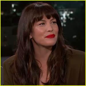 Liv Tyler Reveals Whether Dad Steven Tyler Embarrasses Her ...