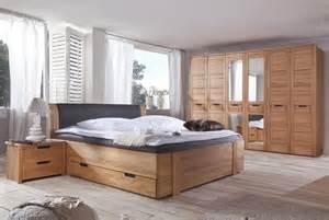 schlafzimmer mit boxspringbett schlafzimmer set mit boxspringbett jtleigh hausgestaltung ideen