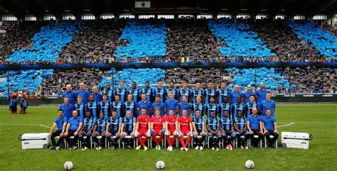 club brugge pakt uit met grootste ploegfoto van belgie