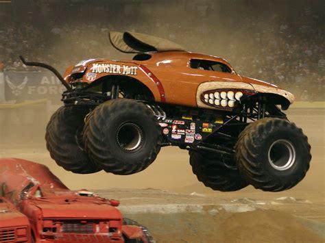 wheels monster trucks videos flying monster truck auto big wheels monster truck