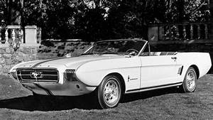 Weekend Autos Calendar: Henry Ford Museum's Motor Muster ...