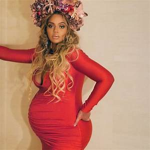 Beyonce Turns Heads in Red at Wearable Art Gala in L.A.