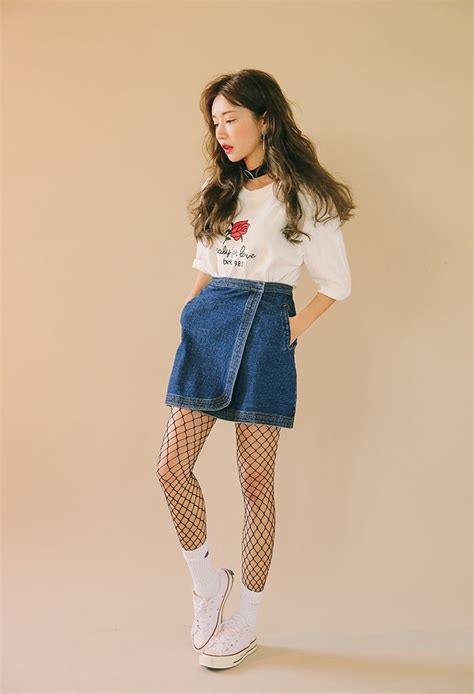 17 Best images about O U T F I T on Pinterest   Korean model Airport fashion and Ulzzang fashion
