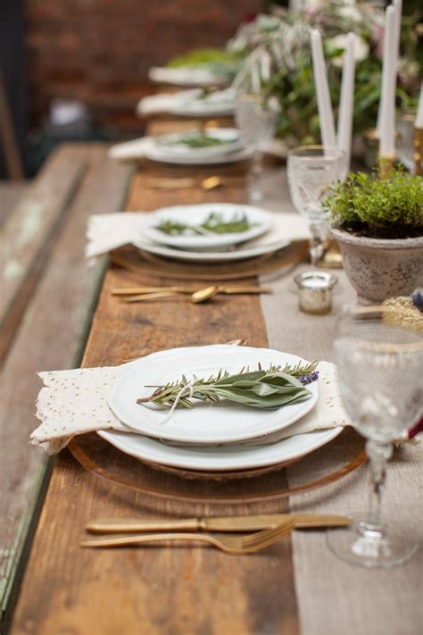 rustic table setting 25 best ideas about rustic table settings on pinterest rustic wedding tables wedding cutlery