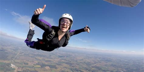 Parachute Dive by Learn To Skydive Aff Skydiving Course Wisconsin
