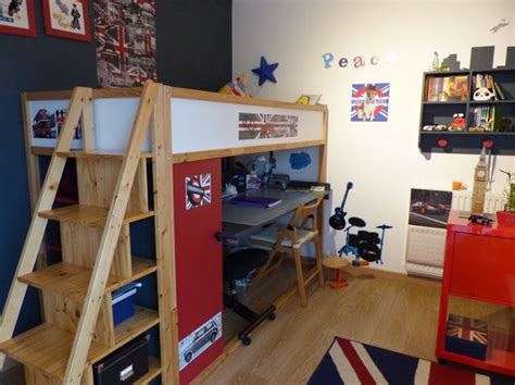 deco chambre londre lit kura mezzanine et bureau intégré bidouilles ikea