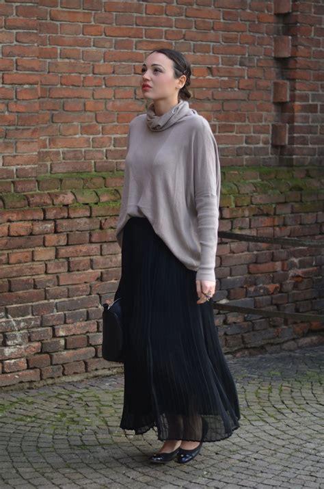 Outfit con gonna lunga e maglione - Melissa Cabrini