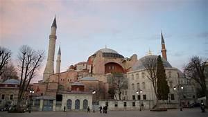 Things to do in Istanbul – Visit Hagia Sophia (Ayasofya)