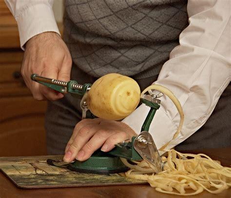 cuisine slovaque épluche légume