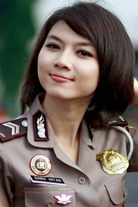 5 Model Rambut Polwan Indonesia