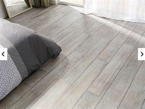 dalle de sol pour chambre quel sol vinyle choisir selon la pièce de destination