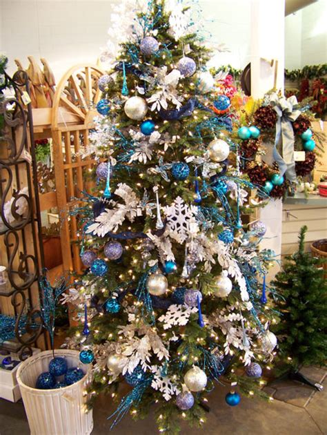 christmas decorating ideas pretty decorated christmas trees