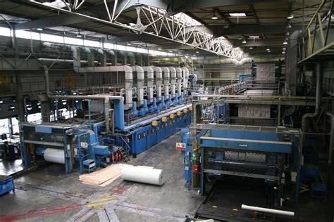 bureau de fabrication imprimerie près de dix millions de magazines sortent des rotatives de
