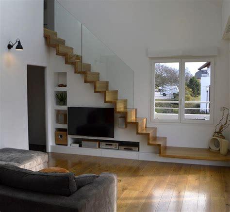 escalier design linea avec marches  contremarches bois